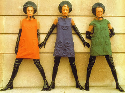 1968_fashion_cardin_mini_dresses_1968